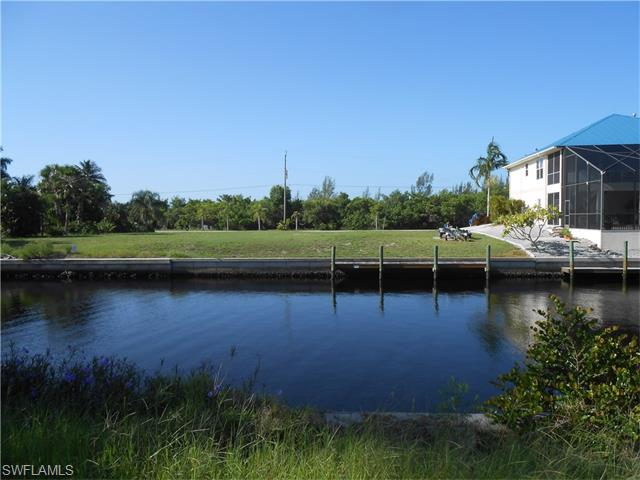 3262 Pinetree DR  ST. JAMES CITY FL 33956 is listed for sale as MLS Listing 216043929