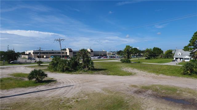 2214 Santa Barbara BLVD, Cape Coral, FL 33991